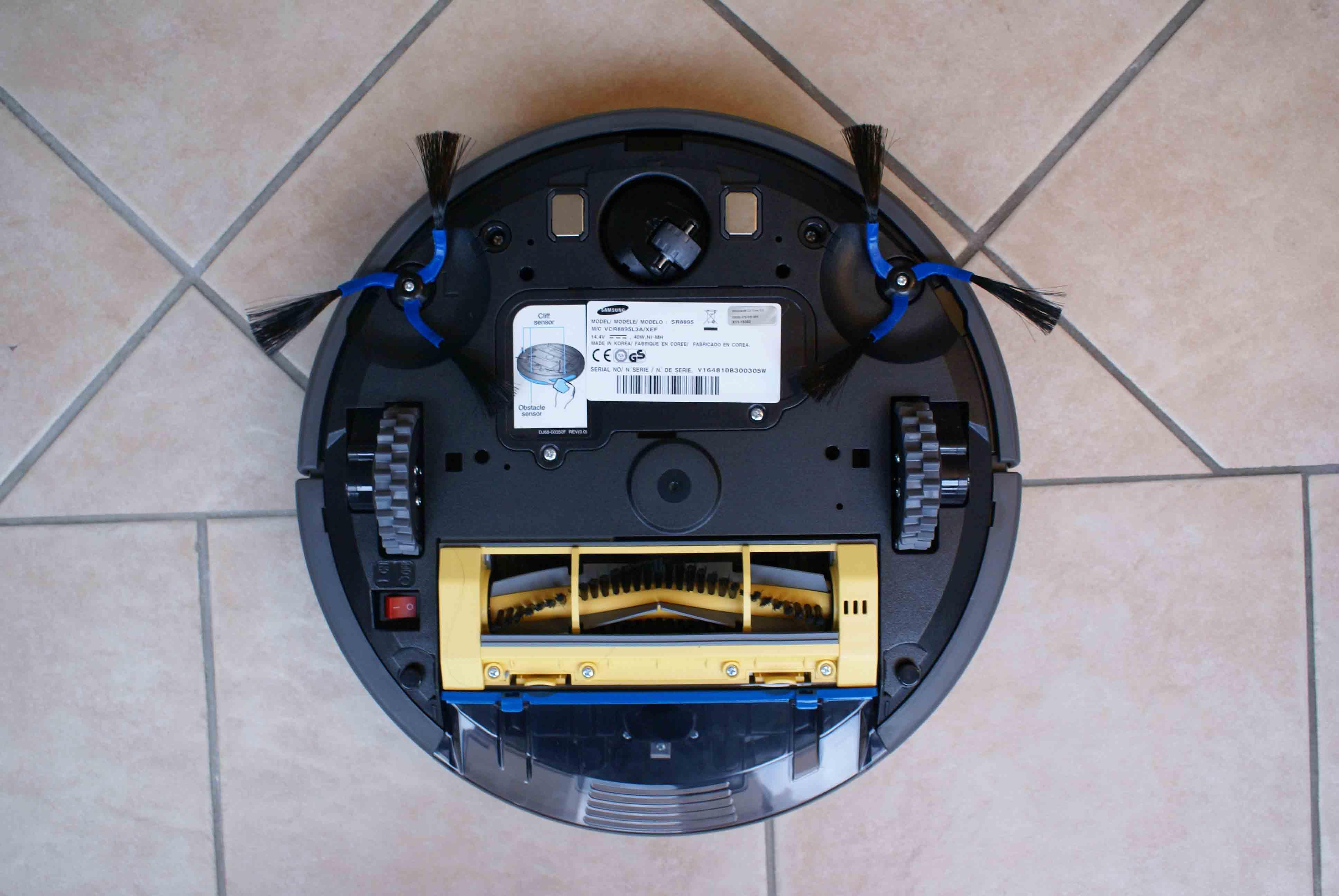 test et avis du robot aspirateur samsung navibot silencio sr8895 blog kelrobot. Black Bedroom Furniture Sets. Home Design Ideas