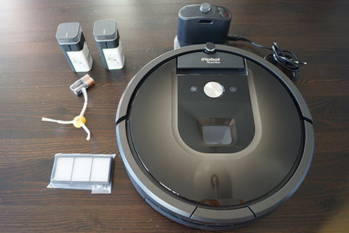 test et avis de l 39 aspirateur robot roomba 980 d 39 irobot. Black Bedroom Furniture Sets. Home Design Ideas